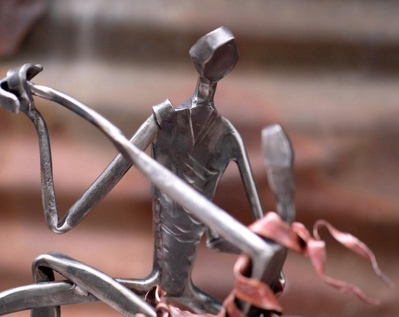 Estátua de ferro forjado