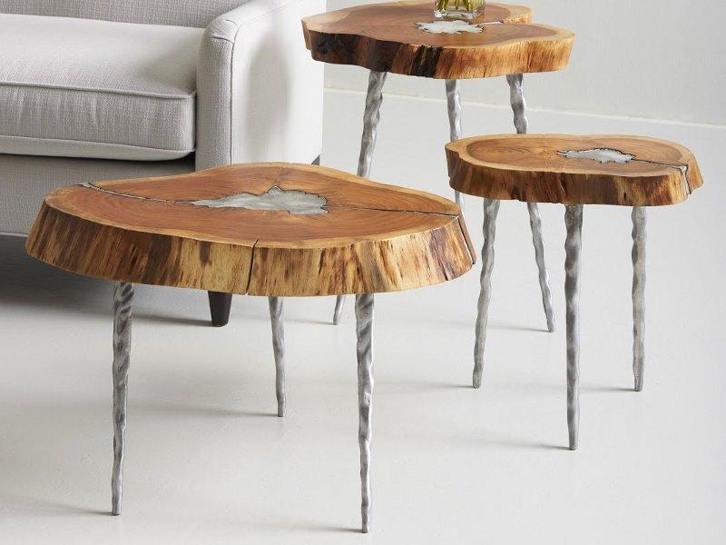 Móveis com madeira reciclada