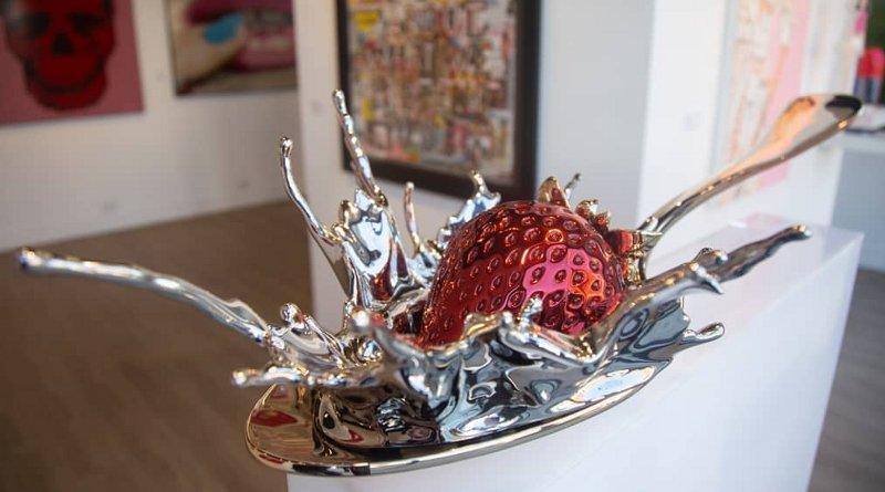 Obra de arte de metal